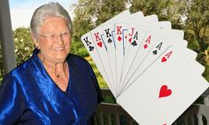 Top bridge player, 80, collapsed and died at card table with rare hand #DailyMail
