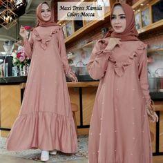 Pakistani Fashion Casual, Abaya Fashion, Muslim Fashion, Fashion Dresses, Dress Muslim Modern, Muslim Dress, Muslimah Clothing, Simple Long Dress, Hijab Style Dress