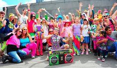 вечеринка в стиле 80-х: 15 тыс изображений найдено в Яндекс.Картинках