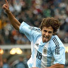 Pablo Aimar :P Football Is Life, World Football, Football Soccer, Argentina Soccer, Argentina National Team, Good Soccer Players, True Legend, Soccer Stuff, Football Stuff