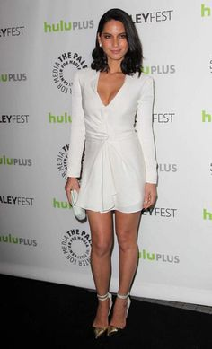 Olivia Munn in long-sleeved J. Mendel dress