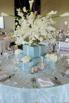 Flowers/Table Design by Palmarium Design, Photography by Wendy
