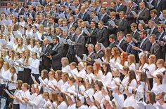 Sechstägige Großveranstaltung der Mennoniten-Gemeinde in der Seidensticker-Halle +++ »An jedem Abend 4000 Besucher«