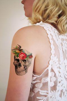 Vintage #skull with flowers temporary #tattoo de Tattoorary sur DaWanda.com #tatouage #crane