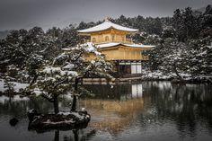 Japán, Kiotó 金閣寺 Kinkakudzsi  , Aranypavilon temploma, vagy 鹿苑寺, Rokuondzsi 'Szarvaskert-templom'