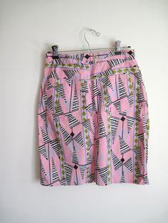 // vintage skirt // http://www.etsy.com/blog/en/2012/storyboard-feminist/