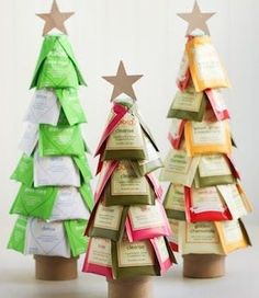 Spread holiday cheer with these cheap and easy DIY Christmas gifts. There are hundreds of DIY gift ideas for the family (mom, dad, grandparents, kids, teens) and friends. Tools & Supplies You May Need: Mod Podge with Foam Brush Tacky or Super Glue Hot Glue Gun & Glue Sticks ($3 – Walmart) Spray Paint ($1-$5 at …