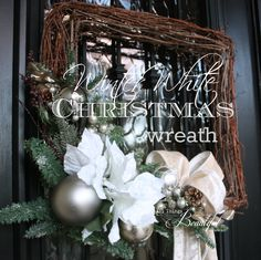 I am going for a white Christmas this year!   T ranslat ion ....   I need to redo most of my Christmas decorations!    I'm ready for a ...