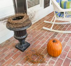 How To Create A Beautiful Fall Planter The Fast And Easy Way So erstellen Sie schnell und einf.