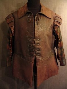 Doublet Cavalier Distressed, brown leather, C50 Oregon Shakespeare Festival