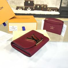 product code # 8573426 100% Genuine Leather Matching Quality of Original Louis Vuitton Production (imported from Europe) Comes with dust bag, authentication cards, box, shopping bag and pamphlets. Receipts are only included upon request. Counter Quality Replica (True Mirror Image Replica) Dimensions: 11cm x 2 cm x 8cm (Length x Height x Width) Our Guarantee:...READ MORE