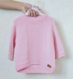 Crochet and Knitting Free 70 Patterns 2019 - Crochet Tricks and Tips Baby Knitting Patterns, Knitting For Kids, Hand Knitting, Baby Sweaters, Girls Sweaters, Sweaters Knitted, Crochet Baby, Knit Crochet, Knitted Baby