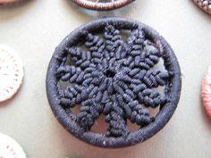 Dorset Buttons   BeadandButton.com