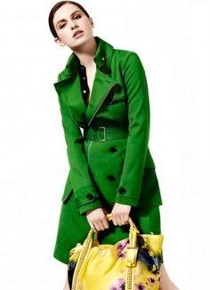 a52ea617584 С чем носить зеленое пальто (122 фото)  темно-зеленое