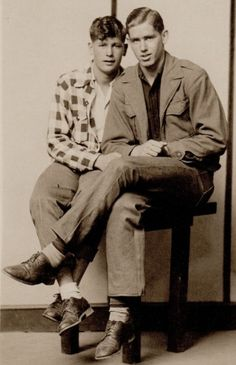 Lgbt Couples, Cute Gay Couples, Vintage Couples, Vintage Men, Vintage Photos, Vintage Photographs, Cute Memes, Man Photo, Black History Month