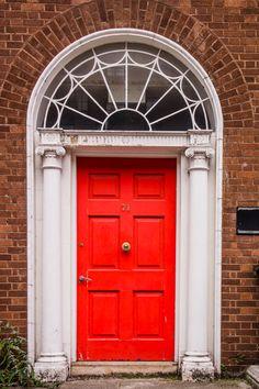 Beautiful door in Dublin, Ireland   The Travel Tester