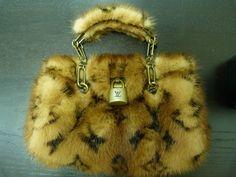 Louis-Vuitton-Leopard-Monogram-Mink-Fur-Special-Limited-Edition-Bag.jpg