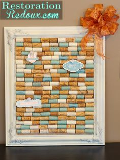 Painted Wine Cork Bulletin Board http://www.simplydesigning.net/2013/08/diy-wine-cork-bulletin-board.html