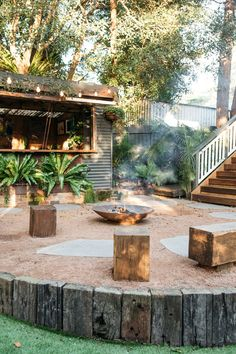 Heathcote - Rustic - Sydney - by Fig Landscapes Australian Garden Design, Australian Native Garden, Outdoor Fire, Rustic Outdoor, Outdoor Living Areas, Outdoor Rooms, Porches, Bush Garden, Fire Pit Area