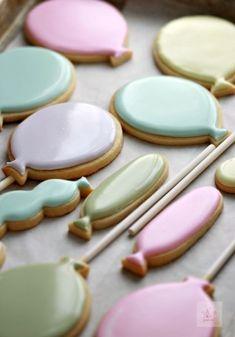 Confetti Cut Out Sugar Cookie Confetti Cut Out Sugar Cookie Recipe & Balloon Decorated Cookies Cut Out Cookie Recipe, Cut Out Cookies, Cookie Recipes, Snack Recipes, Cut Recipe, Iced Cookies, Royal Icing Cookies, Sugar Cookies Recipe, Baby Cookies