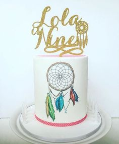 Loving this cute cake by with our custom dream catcher topper 😍💛✨ Beautiful Wedding Cakes, Gorgeous Cakes, Amazing Cakes, Cupcakes, Cupcake Cakes, Native American Cake, Dream Catcher Cake, Cowboy Birthday Cakes, Painted Cakes