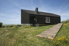 Casa frente al mar | Manantiales, Uruguay | Diego Arraigada Arquitectos | photo by Gustavo Frittegotto