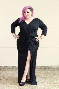 vestido-de-festa-plus-size-com-fenda-sexy-e-corte-que-valoriza-o-quadril-2