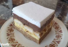 Pudingos gesztenyekocka | Nosalty Hungarian Cake, Hungarian Recipes, Hungarian Food, Sweet Cookies, Cake Cookies, Poppy Cake, Pie Dessert, Vanilla Cake, Sweet Recipes