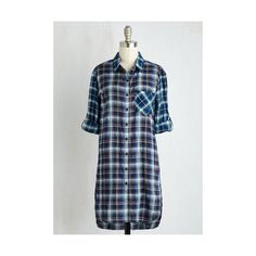 Long 3 Friday, Plaid-urday, Sunday Tunic (96 HRK) ❤ liked on Polyvore featuring tops, tunics, apparel, blue, woven top, long tops, long tunics, side slit top, blue tunic and button up tunic