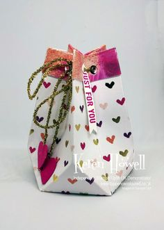Tuppence Coloured: Faceted gift bag