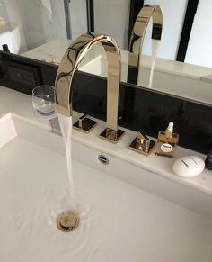 Home Room Design, Dream Home Design, Home Interior Design, Design Bedroom, Modern House Design, Bathroom Inspo, Bathroom Inspiration, Gold Bathroom, Dream House Interior