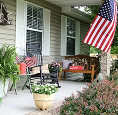 Patriotic front porch home decor.  You can never have too much of the red, white and blue!