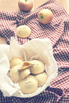 la pancia del lupo: Biscotti cuor di mela