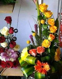 Lw Flower Arrangements, Floral Wreath, Wreaths, Table Decorations, Flowers, Furniture, Home Decor, Floral Arrangements, Floral Crown