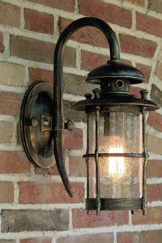 Pinterest le catalogue d 39 id es for Lanterne eclairage exterieur