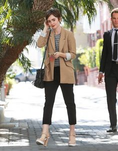 Lily Collins Photos Photos: Lily Collins' Beige Jacket in 2020 Fearne Cotton, Reese Witherspoon, Celebrity Outfits, Celebrity Style, Celebrity Moms, Celebrity Photos, Estilo Gamine, Gamine Outfits, Lily Collins Style