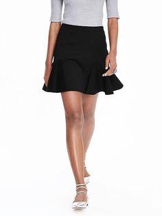 Petite fashion and style, Ann Taylor Ponte Flounce Skirt, Banana Republic skirt