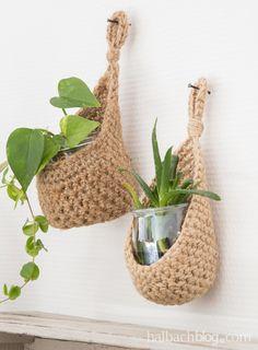 Crochet Pillow Patterns Free, Crochet Square Patterns, Macrame Patterns, Macrame Art, Macrame Projects, Crochet Projects, Crochet Bowl, Diy Crochet, Crochet Plant Hanger