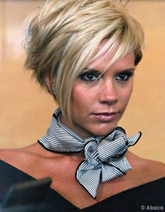 9 Victoria Beckham Styles You Can Adopt to Close that Next Sale – Alyssa Barro. 9 Victoria Beckham Styles You Can Adopt to Close that Next Sale – Alyssa Barroso International Short Hair With Layers, Short Hair Cuts For Women, Short Hair Styles, Short Hair For Chubby Faces, Haircuts For Women, Funky Short Hair, Sassy Hair, Short Bob Hairstyles, Short Choppy Haircuts