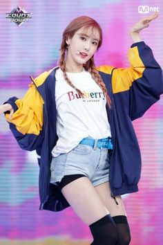 10 K-Pop Idols' Stage Outfits To Inspire Your Own Personal Wardrobe Kpop Girl Groups, Korean Girl Groups, Kpop Girls, Bubblegum Pop, Stage Outfits, Kpop Outfits, Snsd, Sinb Gfriend, Female Friendship