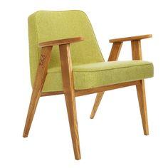 Ce fauteuil design et élégant est une réédition du modèle 366 du designer polonais Jozef Chierowski. On aime ses lignes épurées et scandinaves, ses pieds graphiques en forme de compas, les courbes de ses accoudoirs et son confort. Fabriqué en bois massif de frêne, avec une finition en vernis naturel, couleur chêne naturel ou foncé, et un large choix de tissus, ce fauteuil design est de taille idéale avec une forme harmonieuse qui s'intégrera parfaitement dans votre intérieur.<br /> Élégant…