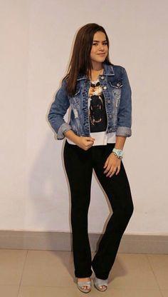 Marisa Silva, Queens, Princesas Disney, Youtubers, Denim, Jackets, Clothes, Brazil, Fashion