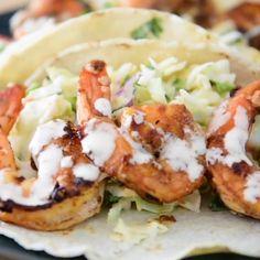 Best Shrimp Taco Recipe, Shrimp Taco Recipes, Grilled Fish Recipes, Slaw Recipes, Cabbage Recipes, Mexican Food Recipes, Cabbage Slaw For Tacos, Slaw For Shrimp Tacos, Healthy Shrimp Tacos