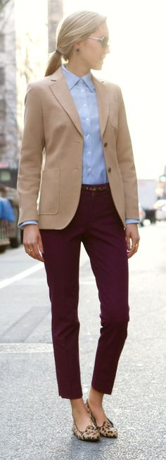 35 Comfy Office Outfits To Wear This Fall how to wear a beige blazer : blue shirt + pants +. Casual Work Outfits, Office Outfits, Work Attire, Work Casual, Fall Outfits, Chic Outfits, Black Outfits, Sweater Outfits, Preppy Work Outfit