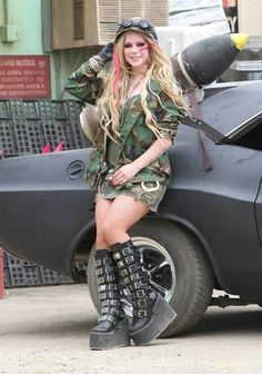 Avril Lavigne in her Rock n Roll single C.2013. She's wearing camo design and military boots. Awesome >O