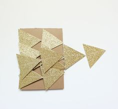 Hey, I found this really awesome Etsy listing at https://www.etsy.com/ru/listing/200321795/gold-glitter-triangles-garland