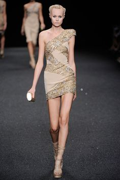 Elie Saab Spring 2010 Ready-to-Wear - Collection - Gallery - Style.com