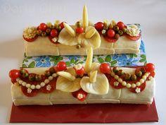 Slané rolády Sandwich Cake, Sandwiches, Food Design, Antipasto, Buffet, Czech Recipes, Salty Cake, Edible Arrangements, Food Decoration