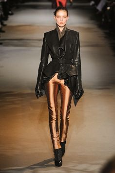 Haider Ackermann Fall 2012 RTW | Click the photo for high resolution image