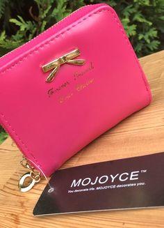 Kupuj mé předměty na #vinted http://www.vinted.cz/damske-tasky-a-batohy/penezenky/17131320-penezenka-s-masli-v-barve-rose-red